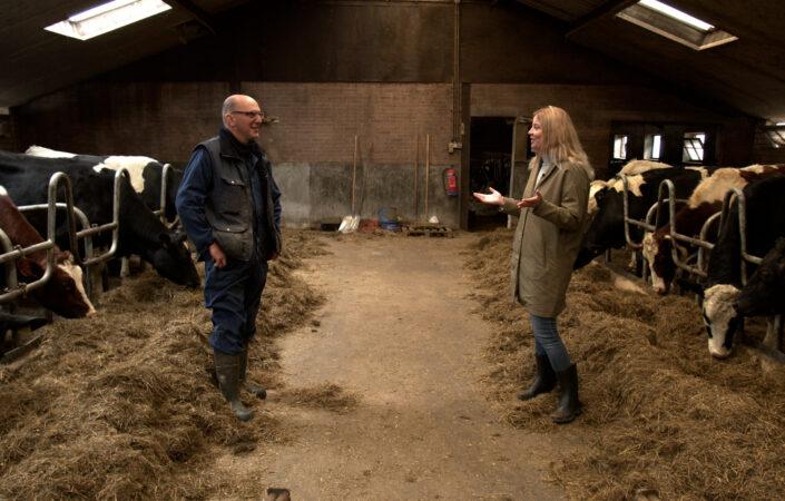 Jane en Johan op de boerderij