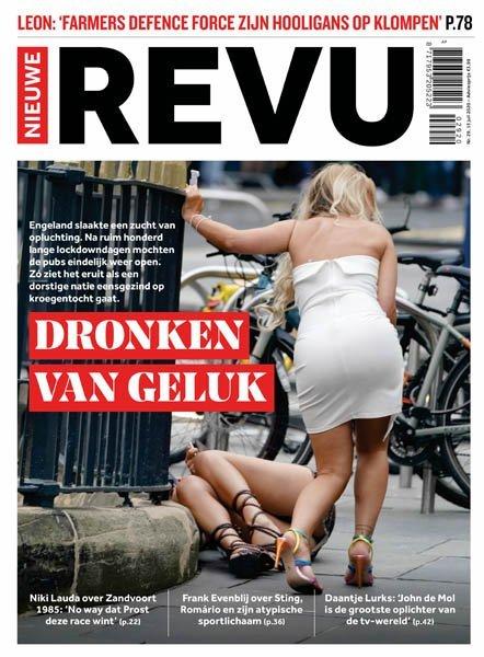 De cover van de Nieuwe Revu